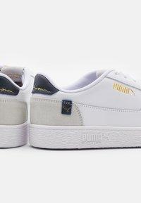 Puma - RALPH SAMPSON MC CLEAN UNISEX - Trainers - white/peacoat/whisper white - 5