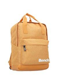 Bench - Rucksack - ocker - 4
