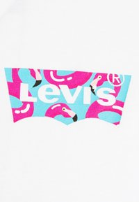 Levi's® - HOUSEMARK GRAPHIC TEE - T-shirts print - white - 5