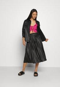 ONLY - ONLMIE MIDI PLEAT SKIRT - A-line skirt - black - 1