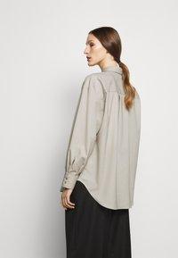 House of Dagmar - GINA  - Button-down blouse - light grey - 2