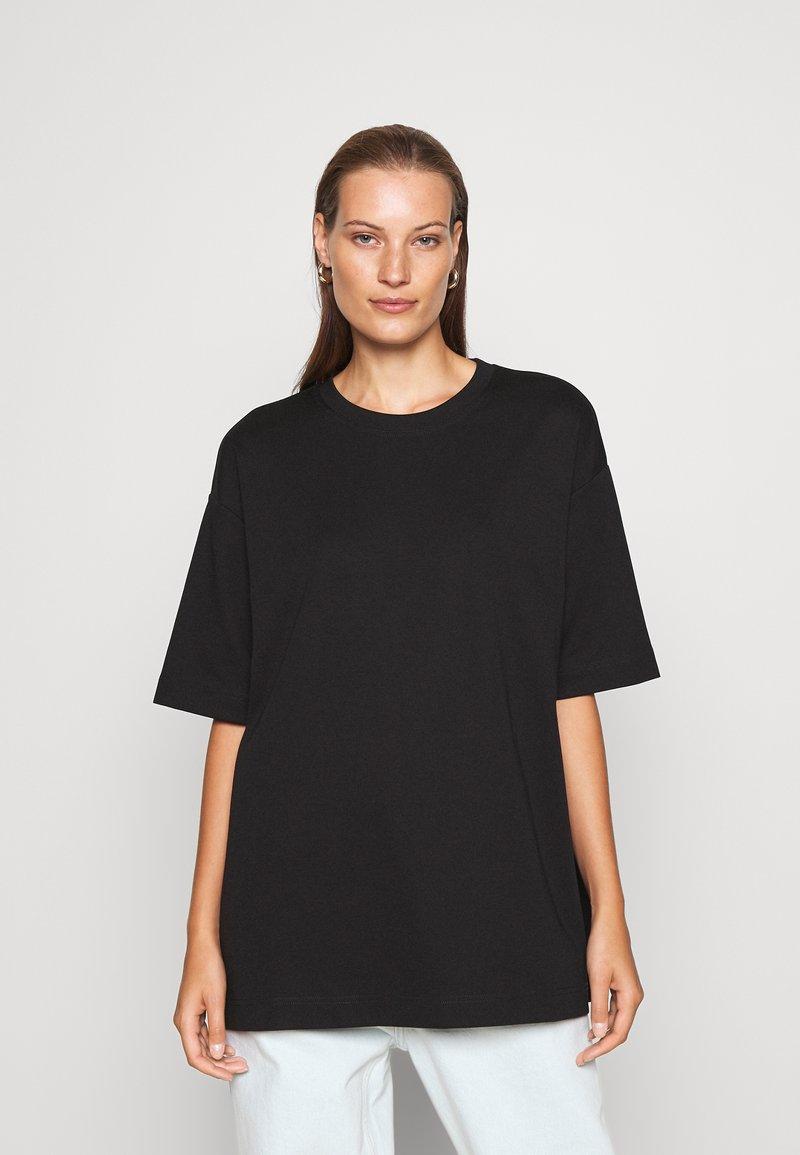 ARKET - Basic T-shirt - black dark