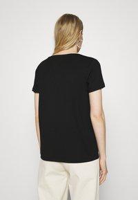 TOM TAILOR - V NECK - Basic T-shirt - deep black - 2