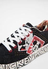 Desigual - MICKEY - Sneakersy niskie - black - 6