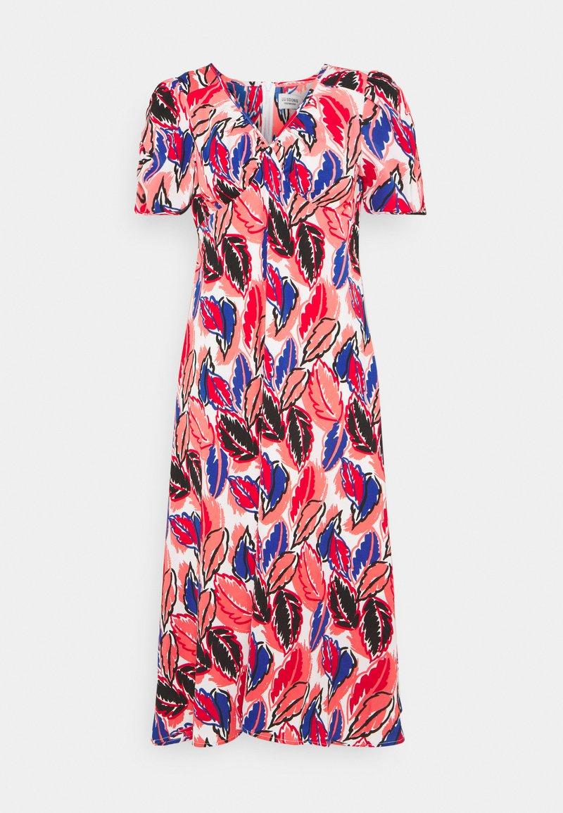Molly Bracken - YOUNG DRESS - Denní šaty - bright pink