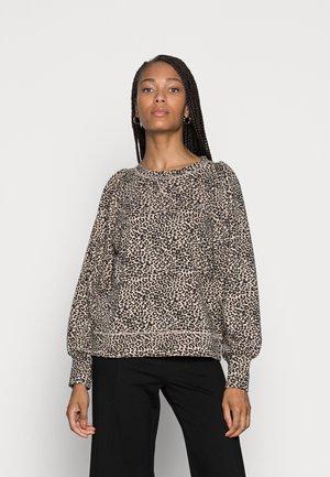 GISA - Sweater - cement