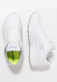 Skechers Performance - GO GOLF EAGLE RELAXED FIT - Zapatos de golf - white - 1