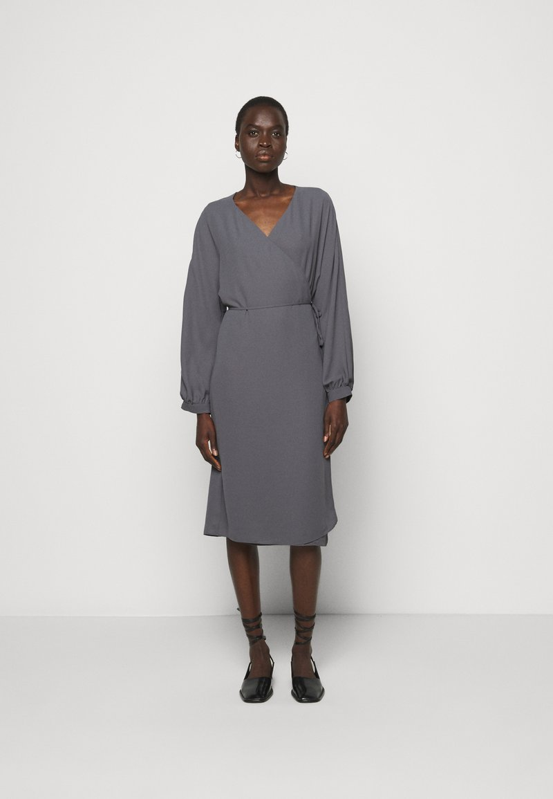 Filippa K - WILLA DRESS - Denní šaty - metal