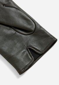 BOSS - GLOFE - Gloves - dark brown - 2