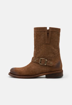 GREDO - Cowboy/biker ankle boot - marvin brown