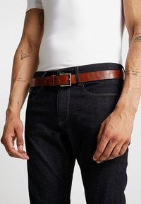 New Look - CORE LEATHER BELT - Belt - tan - 1