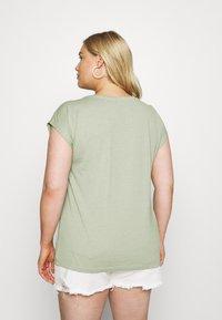 ONLY Carmakoma - CARMARLY LIFE - Basic T-shirt - tea - 2