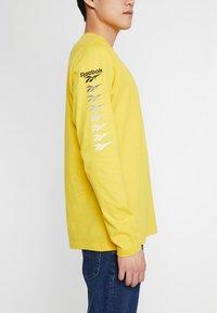 Reebok Classic - TEE - Long sleeved top - toxic yellow - 3