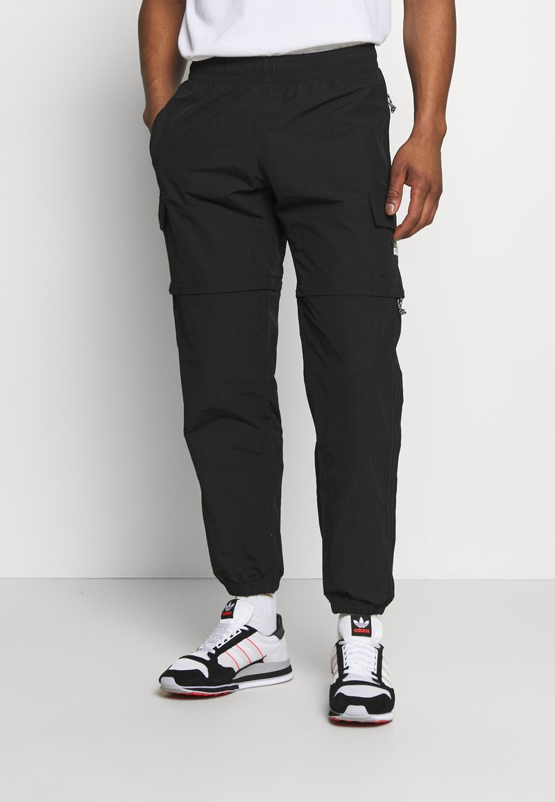 adidas Originals - UTILITY TWO IN ONE ORIGINALS - Pantalon cargo - black