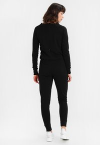 New Look - CREW NECK - Jumpsuit - black - 2