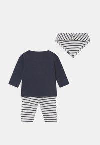 Staccato - SET UNISEX - Leggings - Trousers - dark blue/off-white - 1