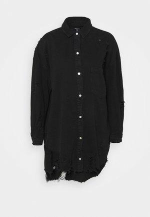 SUPER HEM DISTRESS DRESS - Denimové šaty - black