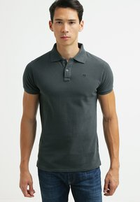 Scotch & Soda - CLASSIC GARMENT  - Polo shirt - antra - 0