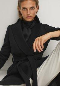 Massimo Dutti - Płaszcz wełniany /Płaszcz klasyczny - black - 4
