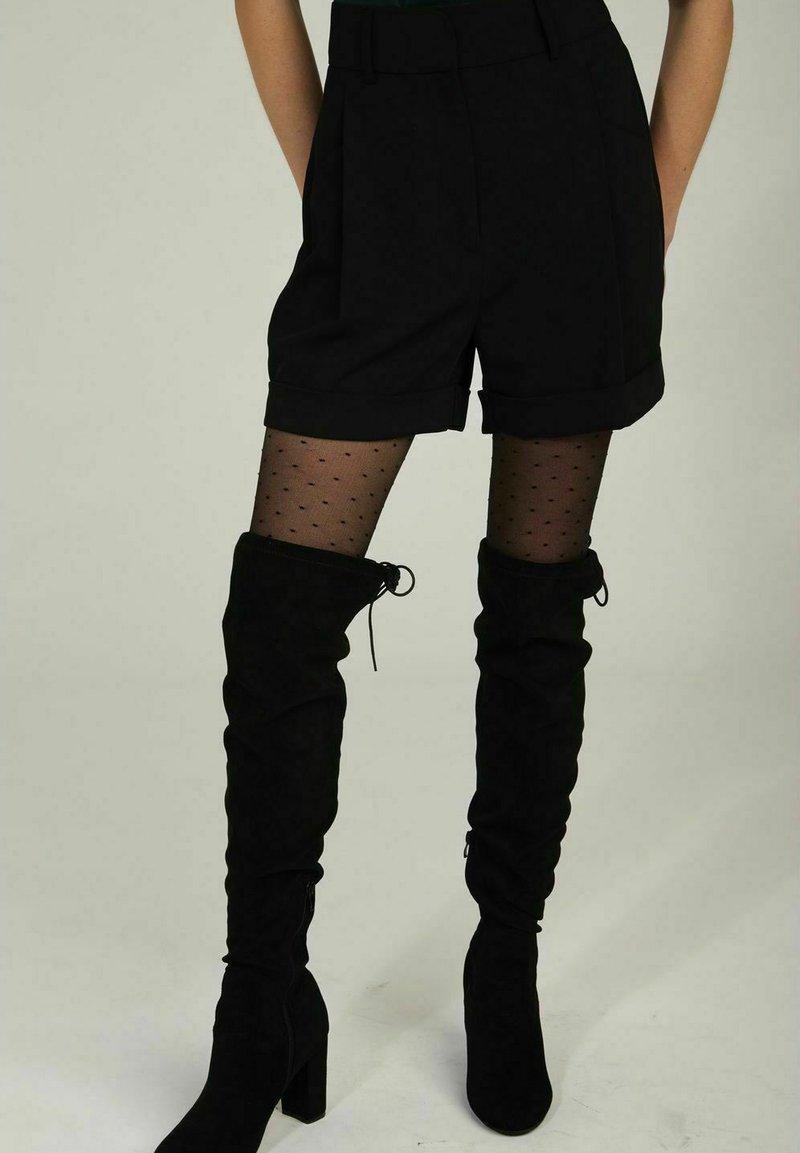 NAF NAF - Shorts - black