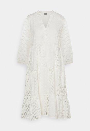 BEATRIX DRESS - Shirt dress - spring gardenia