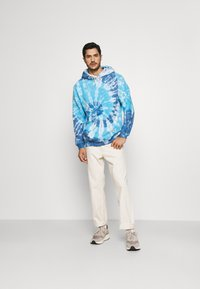 GAP - TIE DYE HOOD - Sweatshirt - blue - 1
