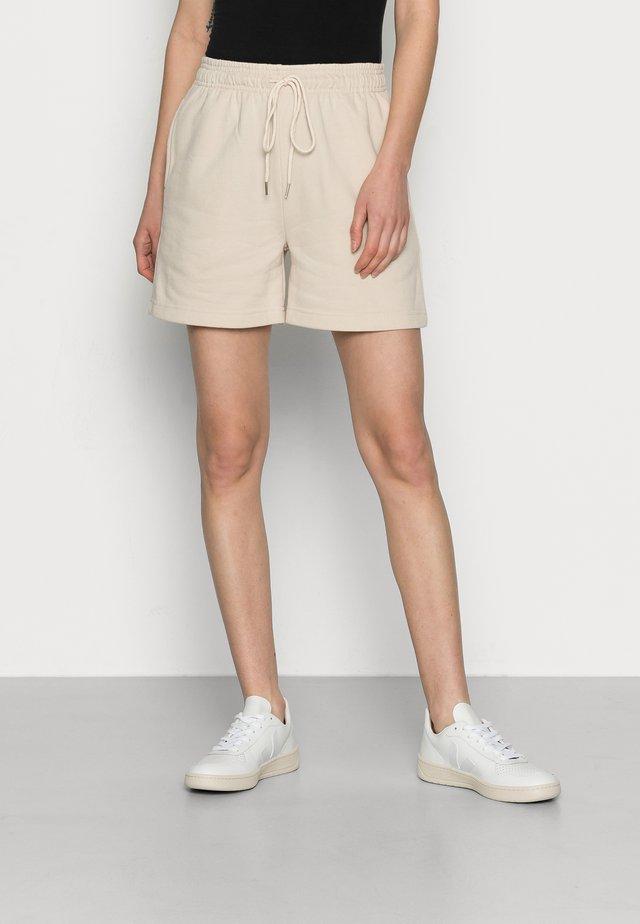 FOUGÈRE - Shorts - beige