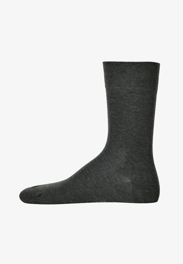 1 PAAR  - Socks - grau