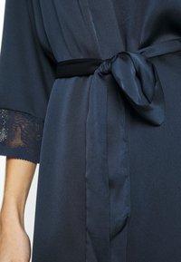 Etam - EVENTAIL DESHABILLE - Dressing gown - marine - 5