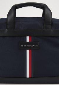 Tommy Hilfiger - UPTOWN COMPUTER BAG - Laptoptas - blue - 5