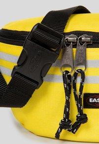 Eastpak - AUTHENTIC - Bum bag - yellow - 4