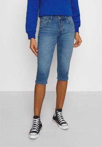VMSEVEN  - Denim shorts - light blue denim