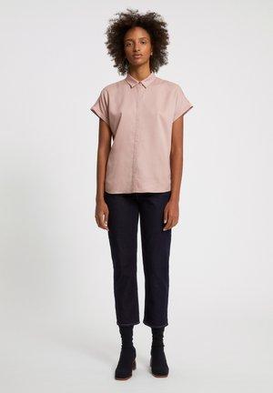 Button-down blouse - kinoko