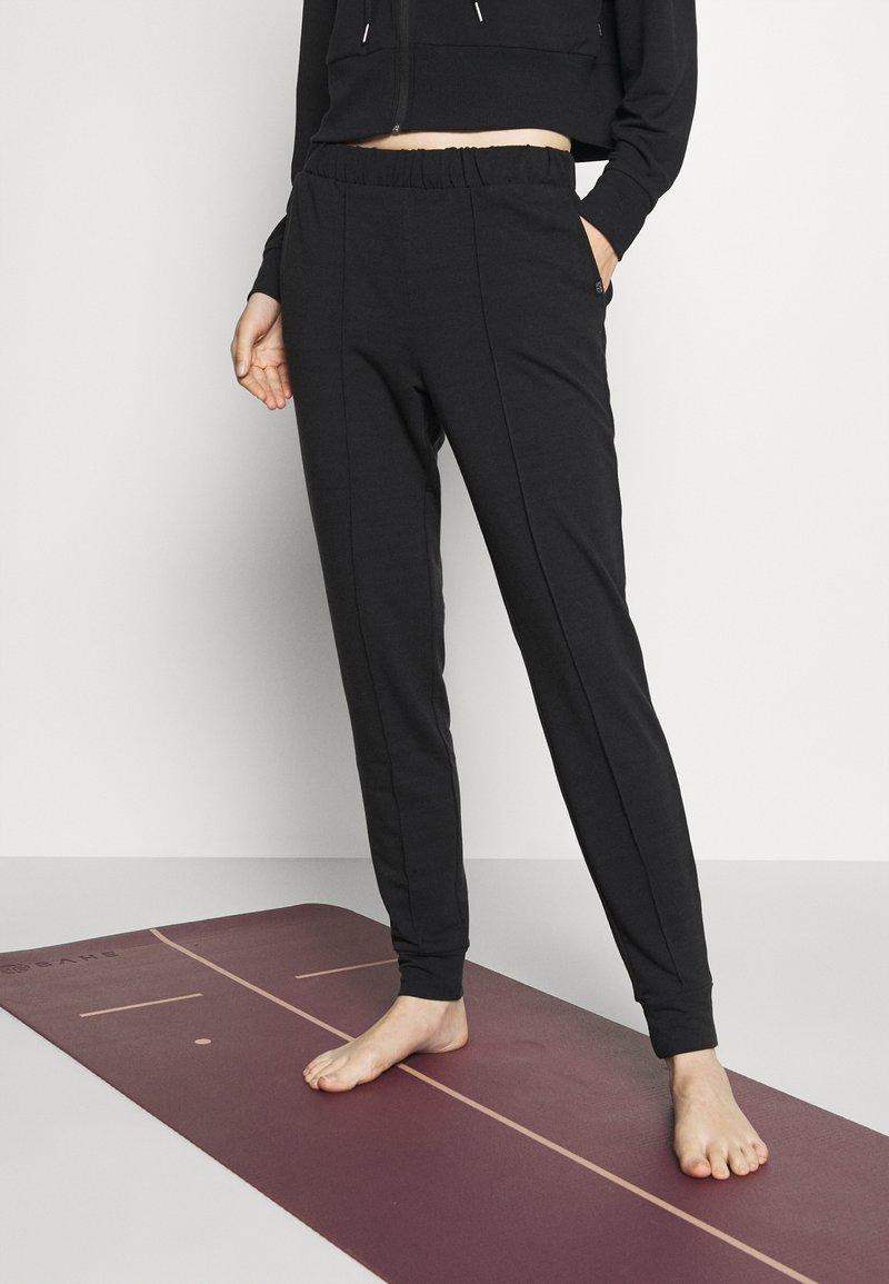 Cotton On Body - ALL DAY STUDIO PANT - Trainingsbroek - black