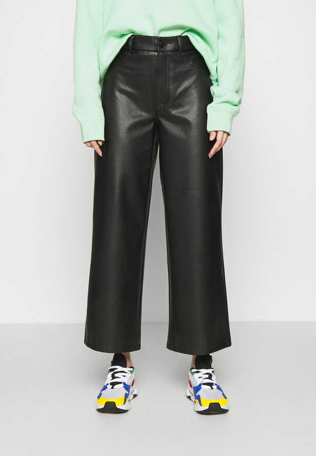 ONLMADISON WIDE CROP - Pantalon classique - black