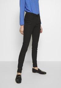TOM TAILOR DENIM - NELA - Jeans Skinny Fit - black denim - 0