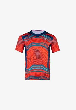 AAMUN TECH  - Print T-shirt - neonrot/dunkelblau