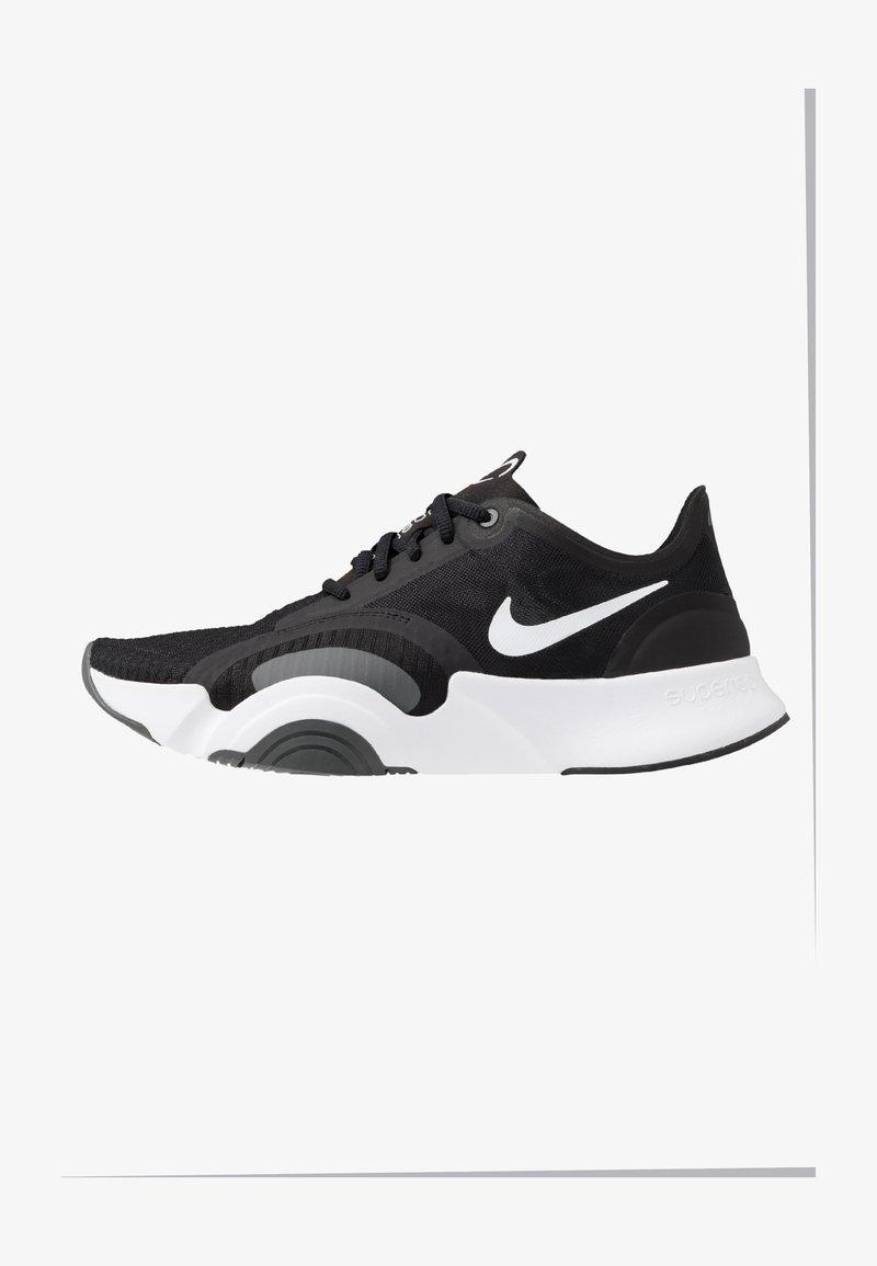 Nike Performance - SUPERREP GO - Obuwie treningowe - white/black/dark smoke grey