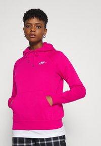 Nike Sportswear - HOODIE - Sweat à capuche - fireberry/white - 3