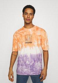 Revival Tee - SOUNDS TIE DYE TEE UNISEX - Print T-shirt - multi - 3