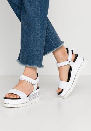 LESSA - Sandály na platformě - white