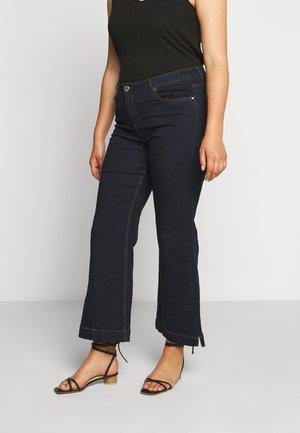 WIDELEG - Bootcut jeans - indigo