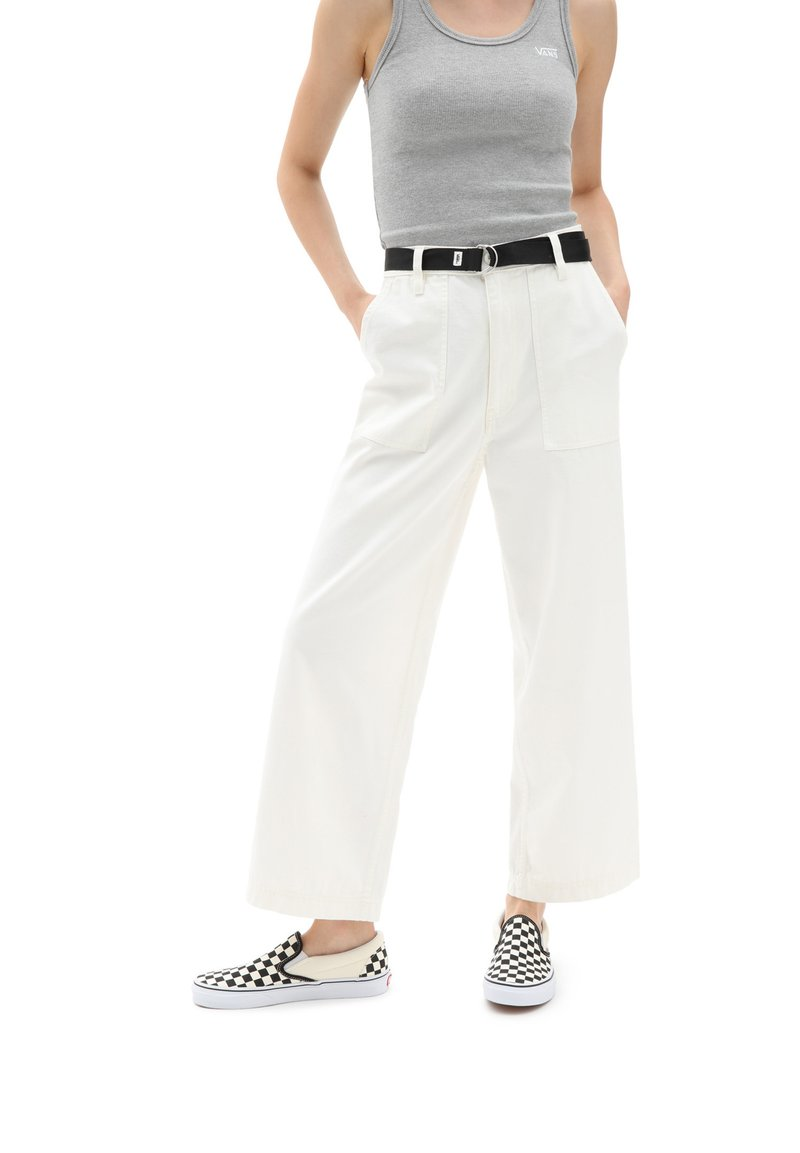 Vans - WM CLARK PANT - Trousers - white