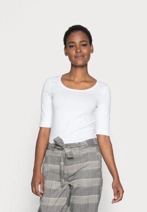 SANIKA  - Basic T-shirt - white