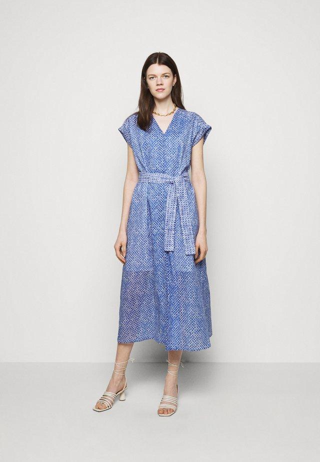 TITANIA - Skjortklänning - azzurro intenso