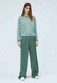 Pepe Jeans - PAULA - Trousers - multi - 1