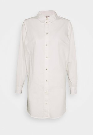 PCNOMA LONG - Button-down blouse - cloud dancer