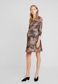 LOVE2WAIT - DRESS PAISLEY - Jerseyjurk - dessin - 1