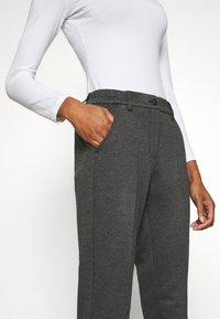 Opus - MELINA RETRO - Pantalones - easy grey - 3