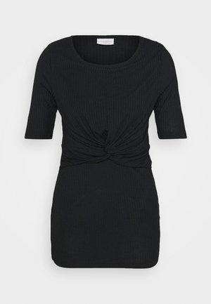 MLANLI JUNE - T-shirts med print - black